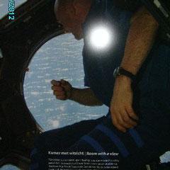 Auf dem Kon.Wilhelmina Boulevard ist vom 20. Juli (historischer erster Schritt auf den Mond 1969) bis einschl. 2. September 2012 eine Ausstellung von zwanzig atemberaubenden Groβwandfotos der Weltraummission von André Kuipers zu sehen. Hier: ISS