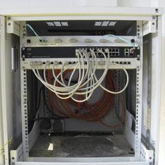 EDV-Netzwerk Kleinverteilerschrank mit Glasfaseranschluss
