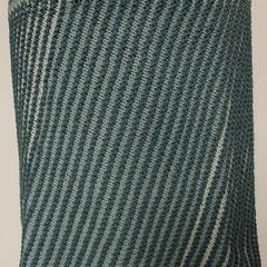 #495 Diagonal-Rock Blautöne. Umfang 86 cm, Länge 39 cm. 100% recycelte Baumwolle     135,-€