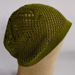 #144 Häkel-Mütze helles olivgrün. Umfang ~ 56 cm. 100% Baumwolle     42,-€
