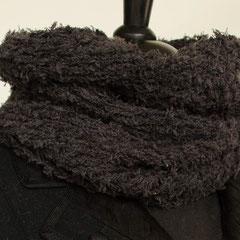 #79 Dunkelgrauer Querschlauchschal. Umfang 54 cm, Höhe 34 cm. 69% Baumwolle, 15% Leinen, 16% Nylon     65,-€
