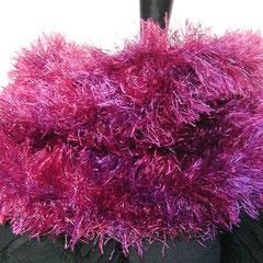 #385 Fussel-Schlauchschal pink-lila. Umfang 60 cm, Höhe 17 cm. 100% Polyester     28,-€