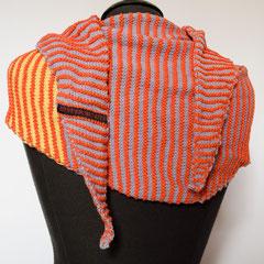 #444 Dreieckstuch schmal orange mit gelb-flieder-blau. 180 cm breit, 53 cm hoch. 100% Baumwolle     125,-€