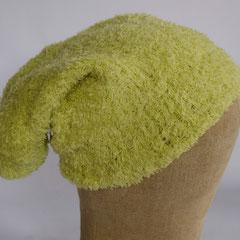 #161 Lindgrüne Mütze. Umfang ~ 54 cm. 40% Microfaser, 40% Baumwolle, 20% Polyamid     42,-€