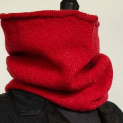 #81 Ziegelroter angefilzter Schlauchschal. Umfang 52 cm, Höhe 40 cm. 100% Schurwolle     112,-€