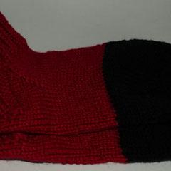 #198 Dicke DICKE Socken rot-schwarz. Grösse 40/41. Wolle, Polyacryl     38,-€