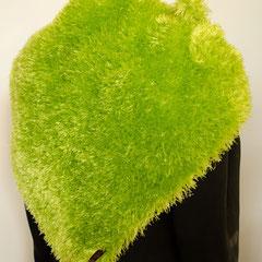 """#110 """"Wiesen""""-Tuch hellgrün. 130 cm breit, 48 cm hoch. 100% Polyester     125,-€"""