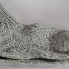 #186 Socken hellblaugrau. Grösse39/40. 100% Schurwolle     28,-€