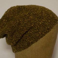 #514 Mütze braungelb. Umfang ~ 55 cm. 42% Merino, 26% Baumwolle, 31% Polyamid, 1% Elasthan     38,-€