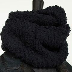 """#73 Wickelschal schwarz """"HipHop"""". Umfang 104 cm, Höhe 19 cm. 100% Microfaser     55,-€"""