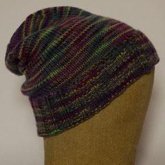 #513 Mütze aus handgefärbter Wolle für kleine Köpfe. Umfang ~ 46 cm. 100% Merinowolle     48,-€