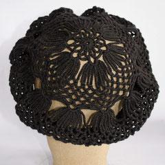 #128 Häkelmütze schwarz. Umfang ~ 55 cm. 100% Baumwolle     45,-€