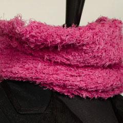 #87 Pinkfarbener Schlauchschal. Umfang 54 cm, Höhe 34 cm. 69% Baumwolle, 15% Leinen, 16% Nylon     65,-€