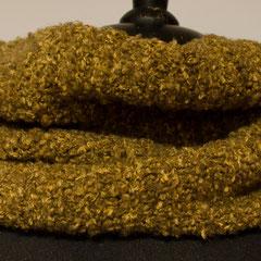 #481 Schlauchschal braun-gelb-meliert, Patent. Umfang 52 cm, Höhe 24 cm. 42% Merino, 26% Baumwolle, 31% Polyamid, 1% Elasthan     58,-€