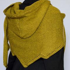 #359 Dreieckstuch mit Zacken und Kapuze. 232 cm breit, 46/74 cm hoch. Baumwolle, Leinen und Poly...     235,-€