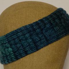 #531 Stirnband mit 4er-Zopf blaugrün. Umfang 53 cm.     25,-€