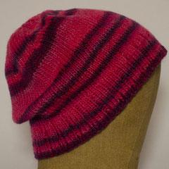 #523 Mütze pink-lila Ringel. Umfang ~ 55 cm. 51% Schurwolle, 49% Acryl     42,-€