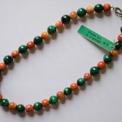 #G14 Halskette Malachit 12mm & rote Koralle 10mm, silberfarbener Verschluss, Länge 46 cm     45,-€