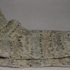 #193 Socken weiss-hellgrau. Grösse 39/40. 75% Wolle, 25% Polyamid     28,-€