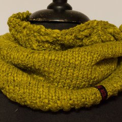 #450 Schlauchschal/Mütze grüntonig. Umfang 54 cm, Höhe 28 cm. 100% Baumwolle     48,-€