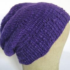 #373 Mütze lila-Flammé. Umfang ~ 55 cm. 70% Polyamid, 30% Wolle     38,-€