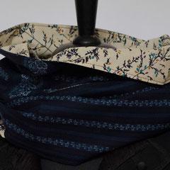 #339 Wende-Wickelschal genäht, Trachtenblau längs-Gräser. Umfang 147 cm, Höhe 30 cm. Baumwolle     35,-€