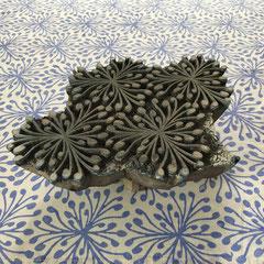 Von Hand bedruckte Accessoires auf Bio Baumwolle mit natürlichen Textildruck Farben, Atelier Wädenswil