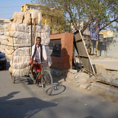 Strassenszene in Indien
