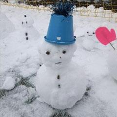 ①「きらきら雪だるま」 ②たいしん・みう