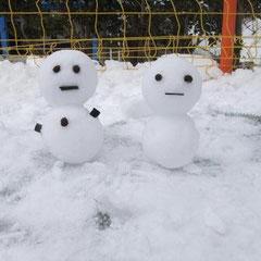 ①「雪だるま親子」 ②あんな