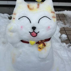 ①「い~にゃんも雪だるまになったにゃ♪」 ②えりち(町外作品)