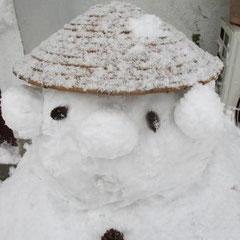 ①「雪だるまどん」 ②雪国花子