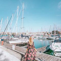 Frankreich Rundreise entlang der wilden Atlantikküste - plane deinen Roadtrip mit meinem Frankreich Tipps und Tricks für La Rochelle, Bordeaux, Dune du Pilat und Bayonne. Entdecke bei deiner Rundreise durch Frankreich Metropolen, Dünen und schöne Strände.