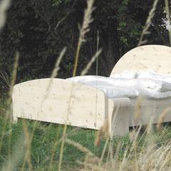 Zirbenholz-Betten