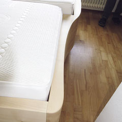Bett-Fußteil links, kurze Seite