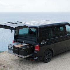 Heckauszug und ausziehbare Heckküche für den VW T5/T6 Multivan und California Beach