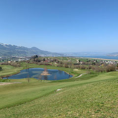 Sicht Buechberg in Wangen auf Obersee beim Golfplatz Wangen
