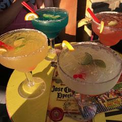 großer Cocktail auf dem Hollywood Boulevard