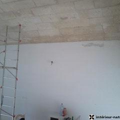 mur à enduir à la chaux