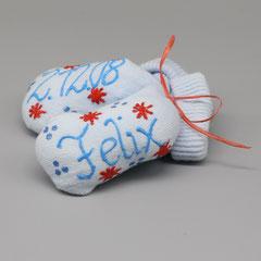 Handbemalte Geburtssöckchen in vielen Farben, ideal als Geschenk zur Geburt