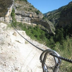 Site escalade d'Agnielles La Faurie Hautes-Alpes, crédit photo viaferplay
