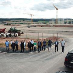 Großbaustelle Tegut im Logistikgebiet bei MIchelsrombach mit Thomas Hering MdL
