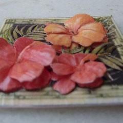 Las mismas flores, pero viendo el detalle del tridimensional.