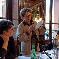 Danièle Corre, Présidente du Cercle Aliénore présente Christine Dupouy.