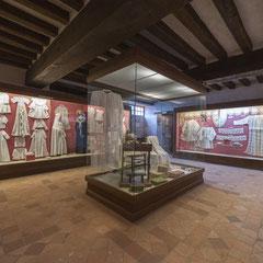 Broderie, Dentelles, Coiffes, Musée des Métiers