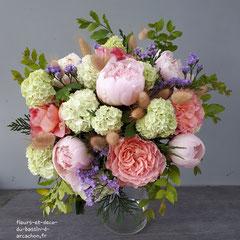 Bouquet rond : LOINT DES YEUX PRES DU COEURS