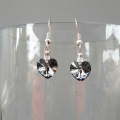 Boucles d'oreilles cristal Grey   7€