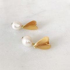 Boucles d'oreilles coeur doré perle -Céline Flageul