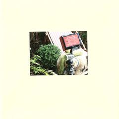 """Enveloppe personnalisée recevant la pochette et  présentant la boite du """"sténopé Polaroid""""  © Annick Maroussy"""