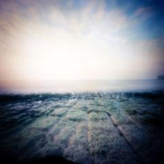 Étretat, 2017-08, Zone plate argentique, 40 cm x 40 cm, tirage impression Hahnemühle - William Turner - 1/5 - © Annick Maroussy